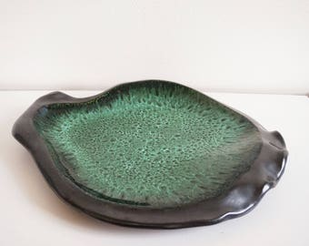 Large flat VALLAURIS ceramic black and green 1960's