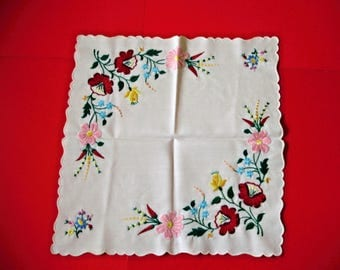 Lovely,Vintage,Hungarian handmade embroidered doily ,Kalocsa flower pattern,Cottage/Shabby Chic