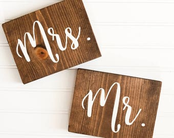READY TO SHIP Mr and Mrs Wooden Sign  Rustic Wedding Decor  Wooden Wedding Decor  Table Sign  Farmhouse Wedding  Winter Wedding