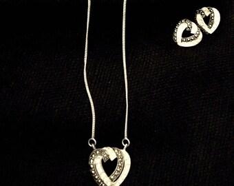 Jewelry Lot: Heartbreak Hotel