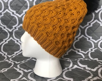 Honeycomb cabled hat