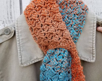 Keyhole Scarflet in Sparkling Sidesaddle Rust and Teal Crochet