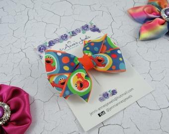 Elmo Pinwheel Hair Bow Clip