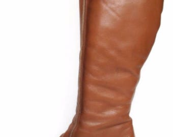 vintage Brevitt 5 D  38  honey brown Leather knee length boots low wedge chucky sole 1950s 60s round toes zip