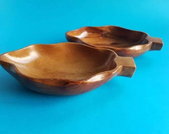 Monkey Pod - Leaf Nibbles Bowl - Trinket or Snack Dish - Wooden - Beautiful