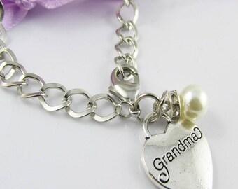 Curb Link Pearl & Grandma Heart Charm Bracelet 20cm