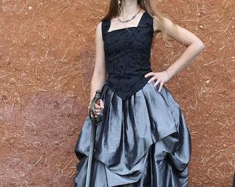 jupe longue argentée et noire bouffante style elfique, romantique, médiévale ,steampunk ,gothique   Cape Diem