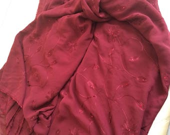 Burgundy chiffon printed with a glue top Strass