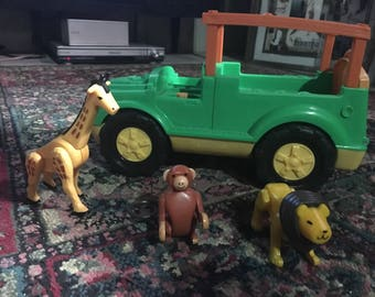 Fisher Price safari vehicle and 3 animals