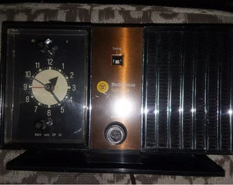 Vintage Westinghouse Solid State am clock, working