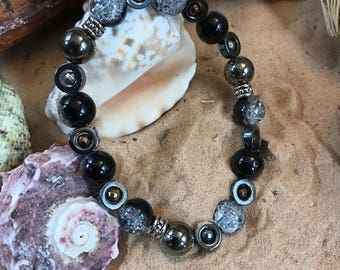 Free shipping / 2-tone glass (black & clear) and metal bracelet