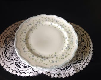 Royal Albert Caroline Cakeplates