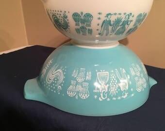 Pyrex Amish Butterprint Pair of Cinderella Mixing Bowls