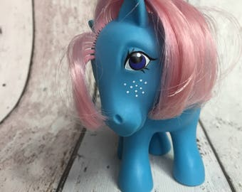 Bow Tie, Shy Pose - G1 - 1983 - Earth Pony - My Little Pony