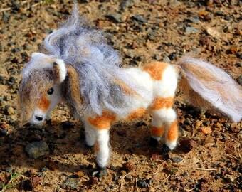 Needle felted horses, ponies (Waldorf, Steiner)
