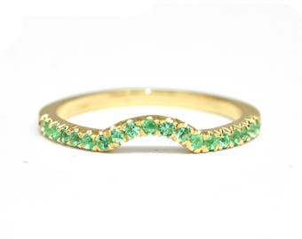 Green Emerald Wedding Band Curved Ring Gold