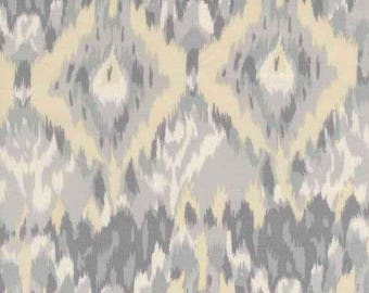 patchwork DEARSTELLADESIGN IKAT 12 yellow and grey fabric