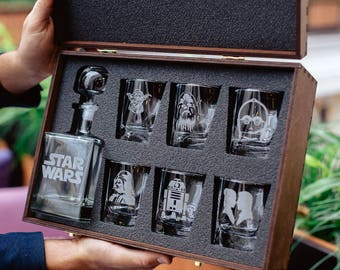 Star Wars Gift Glass Whiskey Decanter Set Personalized Decanter Groomsmen Gift Gift for Men Scotch Glass Decanter Whiskey Glasses Decanter