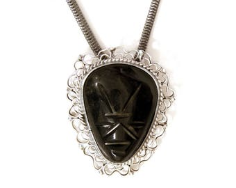 Warrior Mask Pendant Necklace, Antique 1940s Jewelry, Handcarved Tribal Pendant, Black Obsidian Oval Pendant, Tribal Ethnic Mexican Jewelry