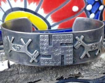 Fred Harvey Era Native American Navajo Sterling Silver Whirling Logs Cuff Bracelet