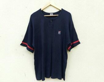 Vintage Fila small logo embroider tshirt
