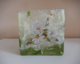 Daisy Straw Silk/Mulberry Paper Glass Vase