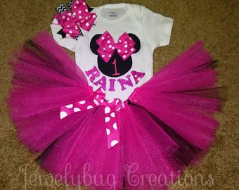 Minnie mouse birthday outfit! Up to age 6!