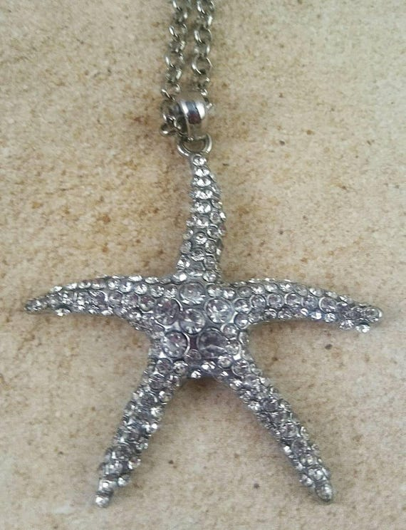 Starfish pendant necklace, ocean jewelry, beach necklace, beach pendant, silver starfish, beach lovers gift, ocean vacation jewelry, gift