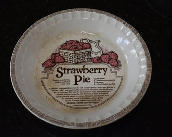 "Royal China Jeannette 11"" Pie Plate"