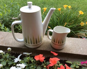 Vintage Retro Mikasa Roulette Pattern Coffee Pot and Creamer
