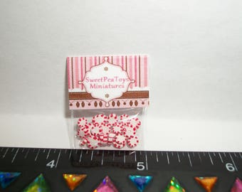 New Dollhouse Miniature Handcrafted Packaged Christmas Peppermint Candy Sweet Dessert Food #1407