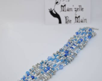 Safety pins bracelet