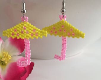 Umbrella Earring - Beaded Earring - Summer Earrings - Seed Bead Earrings - Summer Jewelry - Beaded Jewelry - Rain Earring - Yellow Earring