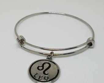 Expandable Leo zodiac charm bracelet