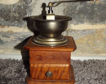 Vintage French Coffee Grinder - Coffee Mill Shabby Kitchen Decoration