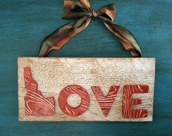 Ceramic Idaho/Love Sign