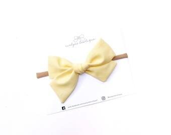 Pastel Yellow Bow | baby headband bows, baby hair clips, big baby bow, baby headband set, hair bows, newborn headbands, light yellow bow