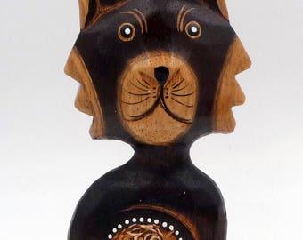 Wooden cat, vintage cat, cat figurine, vintage figurine, wooden figurine, wood, vintage wood cat ornament, cat collectible figurine