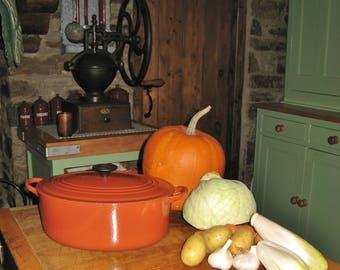 A Large Vintage French Le Creuset 29 cm Oval Cast Iron Casserole / Dutch Oven / Burnt Orange / Russet ~ 1960,s