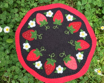 Wool Felt Penny rug, wool felt candle mat, strawberries candle mat, Table Topper, READY TO SHIP