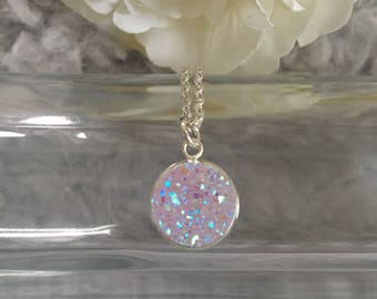 Beautiful pink/purple druzy pendant silver plated necklace