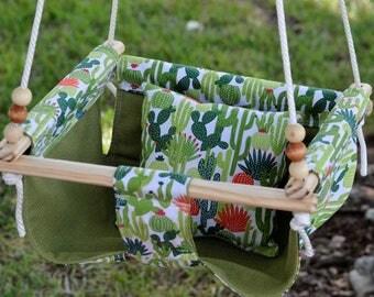 Reversible Green Cactus Indoor/Outdoor Hammock Swing