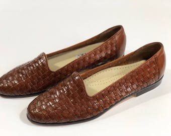 Vintage Leather Trotters Loafers, Size 8