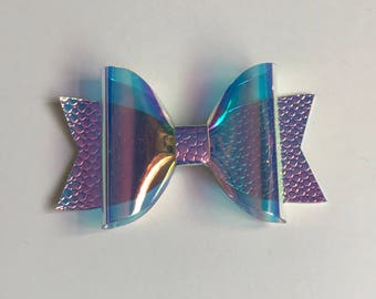SALE - Holographic medium Dolly bow with purple colour changing leatherette