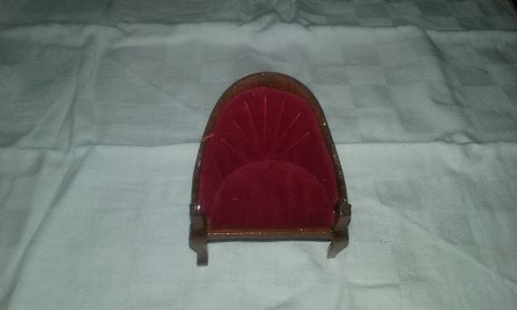 Vintage Edwardian/Victorian Era Red Velvet High Back Chair/Royal  Furniture/Miniature Dollhouse Furniture/Collectible/Small Chair/Shell Back  From ...