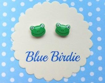 Frog earrings frog jewellery frog jewelry tiny frog stud earrings small frog earrings frog jewellery green frog face earrings frog gifts