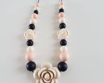 Teething necklace / breastfeeding silicone black and beige.
