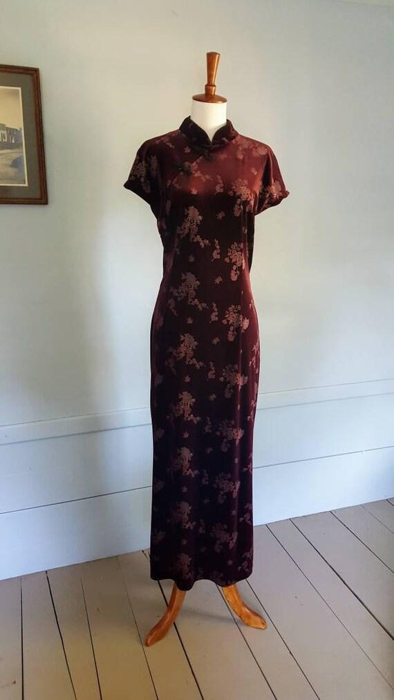 Vintage 90s velvet dress. Witchy velvet 90s by Dressing Cilo. Velvet Cheongsam style dress size Large