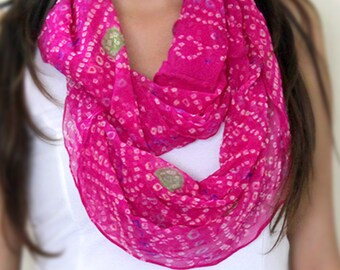 Magenta pink hand tie and dyed Indian bandhani infinity scarf, indian scarf, traditional look scarf.pure georgette scarf