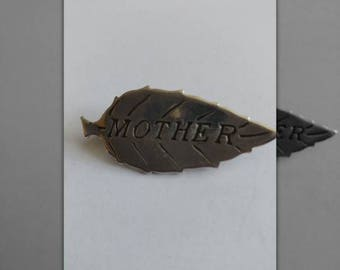 Vintage Solid Silver Leaf Shaped Mother Brooch